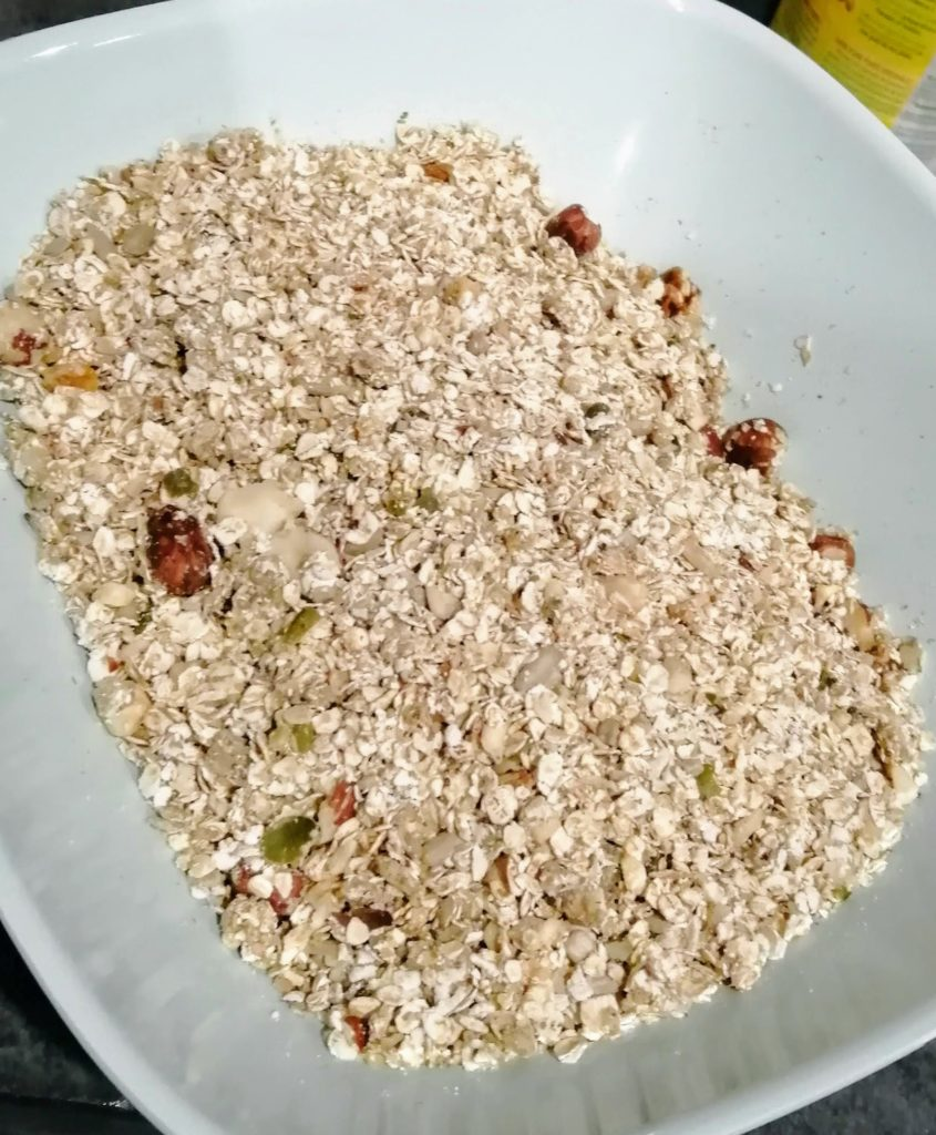 granolas et fruits secs mélangés